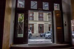 Hotel Platnéřská, Praha - bezrámové dveře